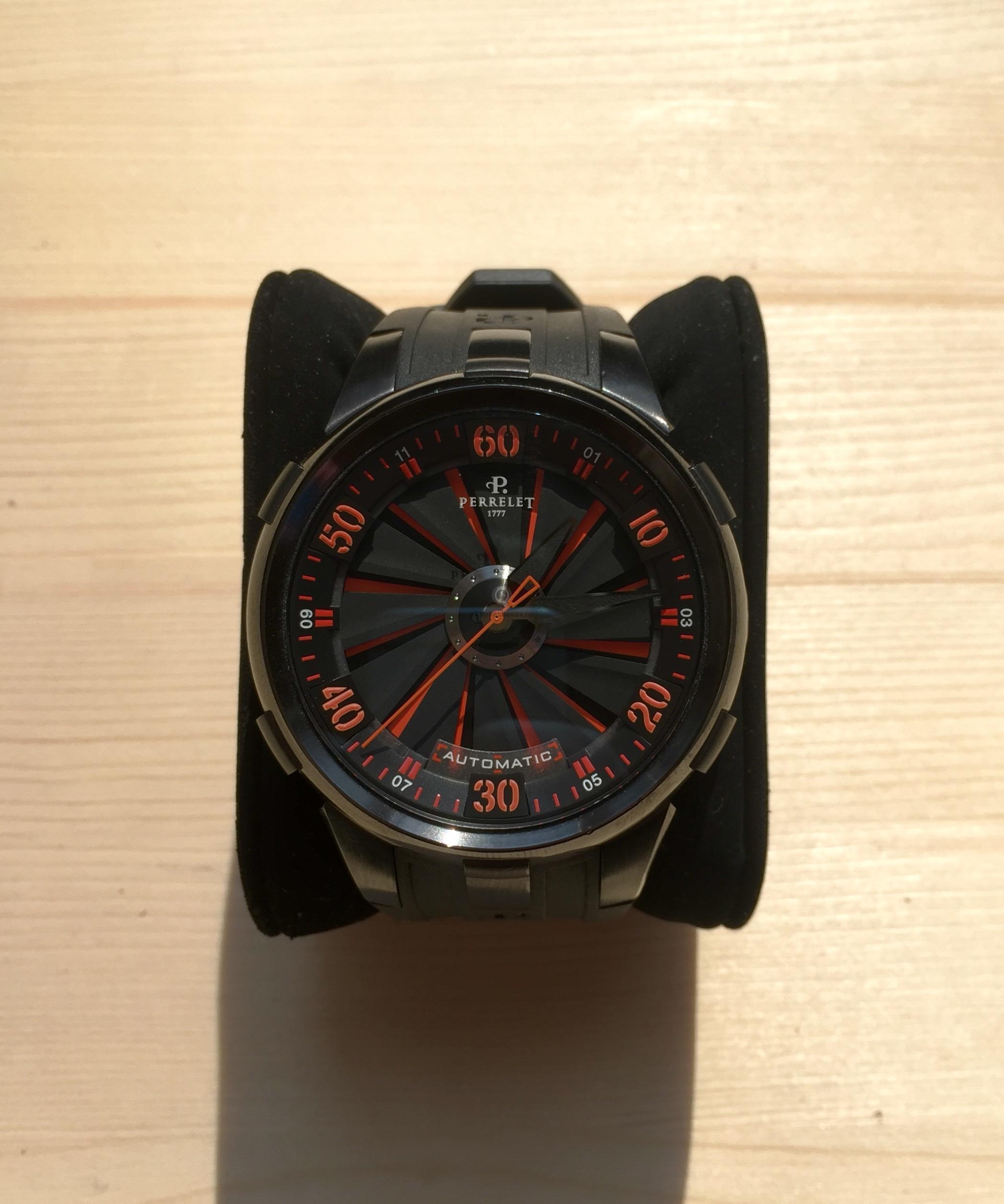 Купить наручные часы Perrelet Turbine XL в Часовой ломбард