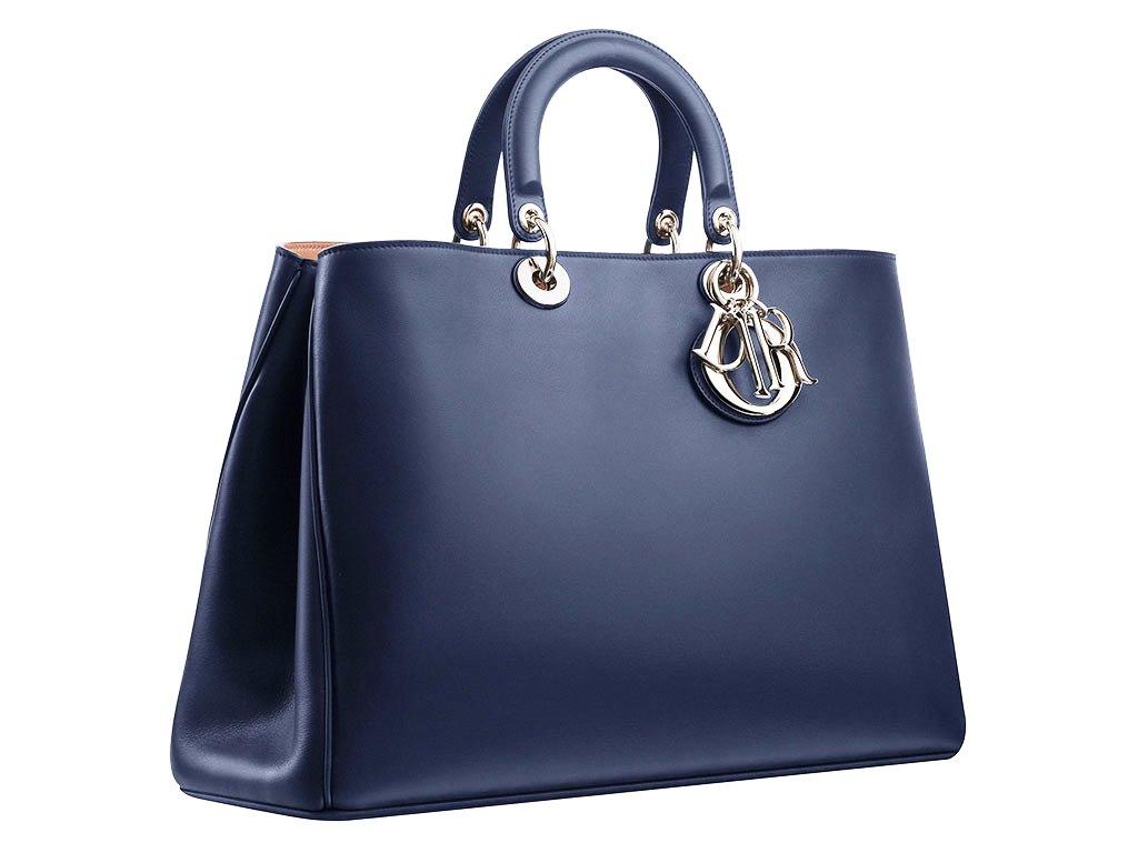 0cf67055ec07 Продать брендовую сумку дорого - скупка женских и мужских сумок в Москве